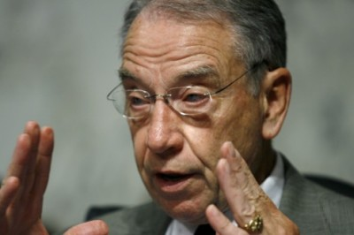 repealing-health-law-more-benefits-for-congress-grassley-07092012