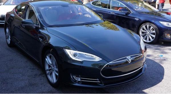 Tesla's Model S Tour
