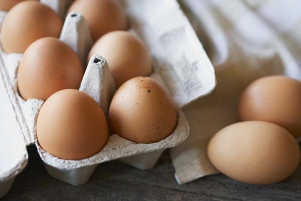 Organic eggs in carton