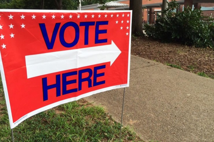 vote here sign