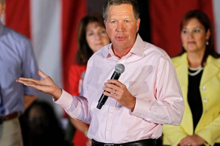photo shows Ohio Gov. John Kasich as he speaks at a GOP Get Out the Vote rally in Independence, Ohio