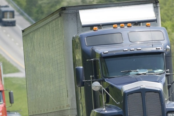 image of commerical truck on highway